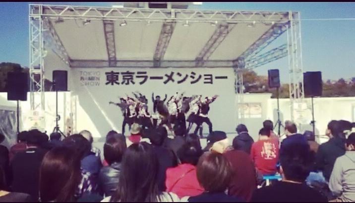東京ラーメンショーにて絶賛獅子舞中のわたし